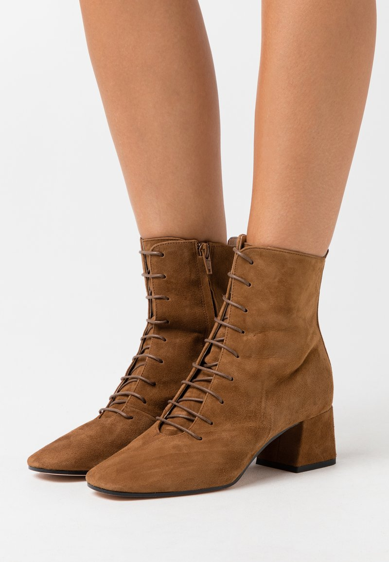 Bianca Di - Lace-up ankle boots - rodeo