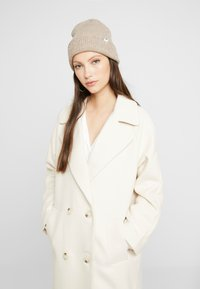 YAS - YASMARGIT LONG COAT - Cappotto classico - white swan - 3
