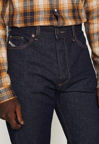 Diesel - D-MACS - Straight leg jeans - rinsed denim - 3