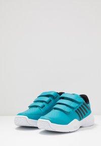 K-SWISS - COURT EXPRESS STRAP OMNI - Multicourt tennis shoes - algiers blue/white - 2