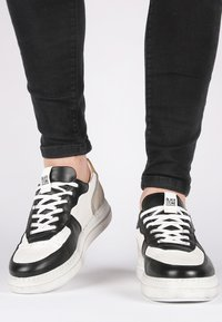 Blackstone - Skateskor - white - 1