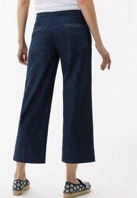BRAX - STYLE MAINE - Flared Jeans - dark blue - 2