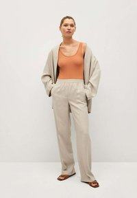 Mango - FLOWY STRAIGHT-FIT  - Trousers - ecru - 1