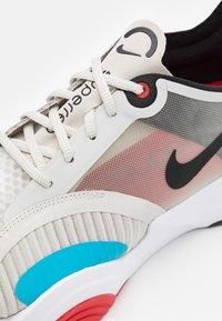 Nike Performance - SUPERREP GO - Scarpe da fitness - light bone/black/white/university red/light blue fury/black - 5
