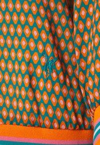 Emily van den Bergh - Bluser - turquoise/rose/orange - 2