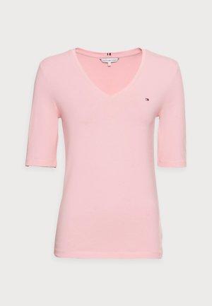 COOL SOLID TOP - Basic T-shirt - glacier pink