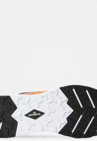 The North Face - M VECTIV ESCAPE - Baskets basses - tnf black tnf white - 5