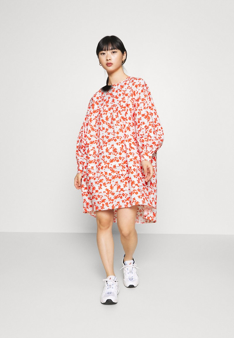 Pieces Petite - PCDORY DRESS PETITE - Vestido informal - grenadine