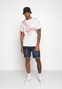 Scotch & Soda - Basic T-shirt - off white - 1