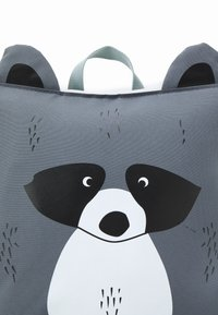 Lässig - TINY COOLER BACKPACK ABOUT FRIENDS RACOON UNISEX - Rucksack - grey - 3