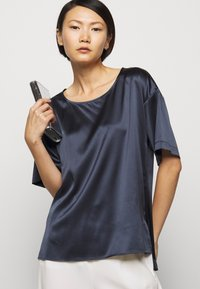 MAX&Co. - CETACEO - Blouse - midnight blue - 4
