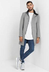Only & Sons - ONSOSCAR COAT - Classic coat - light grey melange - 1