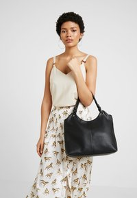 TOM TAILOR DENIM - KIRA - Handbag - black - 1