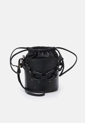 BUCKET BAG - Torebka - nero