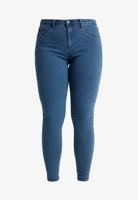 ONLY Carmakoma - CARTHUNDER PUSH UP - Jeans Skinny Fit - medium blue denim - 3
