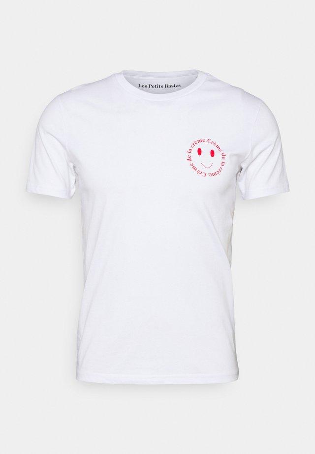CRÈME DE LA CRÈME UNISEX - T-shirt con stampa - white