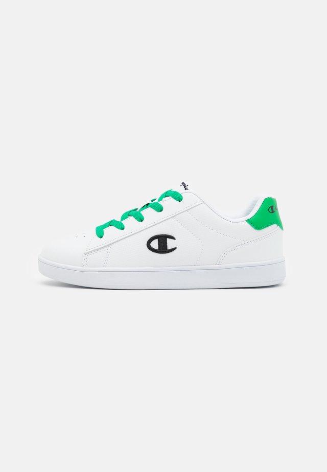 LOW CUT SHOE ALEX UNISEX - Obuwie treningowe - white/green/black