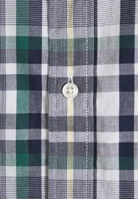 Tommy Hilfiger - Shirt - rural green / yale navy / multi - 2