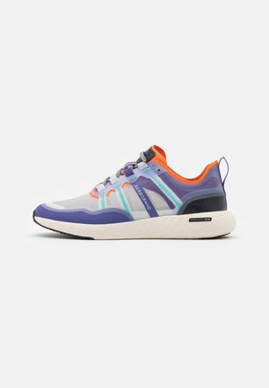 ZEROGRAND OUTPACE RUNNER - Sneakersy niskie - golden poppy/periscope/corsican blue/ivory