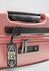 Kipling - CURIOSITY S - Luggage - metallic rust - 6