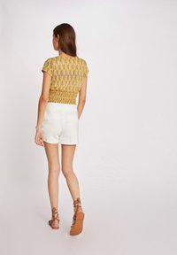 Morgan - VEGETAL PRINT - Print T-shirt - yellow - 2