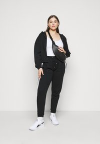 Even&Odd - CROPPED TIE HEM SWEAT JACKET - Bluza rozpinana - black - 1