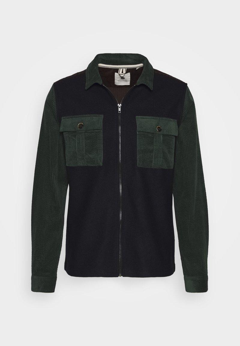 Anerkjendt - AKMILAN OVERSHIRT - Zip-up hoodie - captain