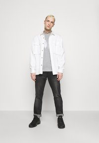 Esprit - FEATH - Print T-shirt - light grey - 1