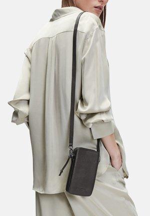 CLARICE - Across body bag - black