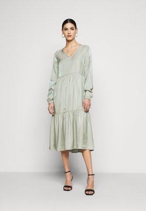 NMCORA DRESS - Vapaa-ajan mekko - slate gray