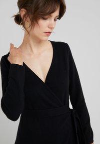 Davida Cashmere - WRAP OVER DRESS - Jumper dress - black - 5