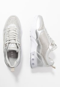 Guess - TANDEY - Sneakers - argent - 3