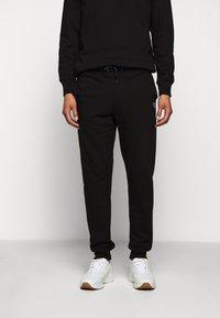 PS Paul Smith - MENS JOGGER - Teplákové kalhoty - black - 0
