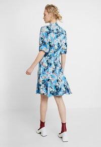 Custommade - EVA - Shirt dress - azure blue - 2