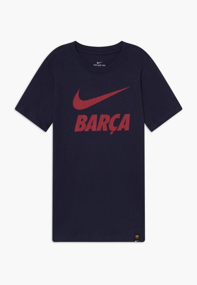 FC BARCELONA TEE GROUND - Klubové oblečení - obsidian