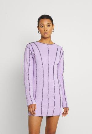 CONTRAST STITCH PANELLED MINI DRESS - Vestido de cóctel - lilac