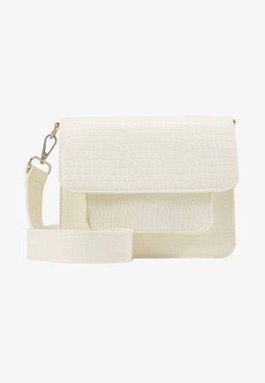 Taška spříčným popruhem - white