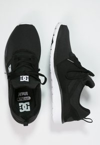 DC Shoes - HEATHROW - Trainers - black/white - 1