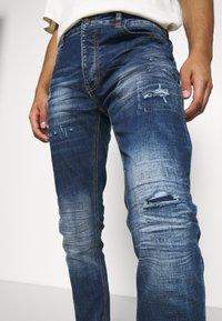 Kings Will Dream - PARIS  - Slim fit jeans - mid blue wash - 5