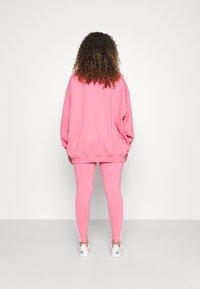 adidas Originals - Collegepaita - rose tone - 2