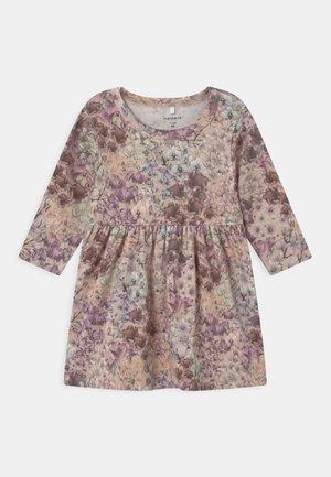 NBFFELLA - Jersey dress - pink