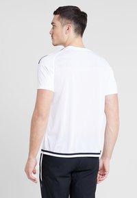 JAKO - TRIKOT STRIKER 2.0 - T-shirt print - weiß/marine - 2