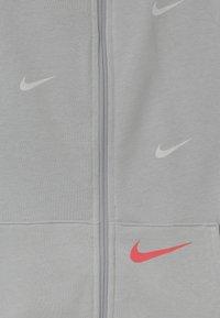 Nike Sportswear - Sudadera con cremallera - grey fog/infrared - 2