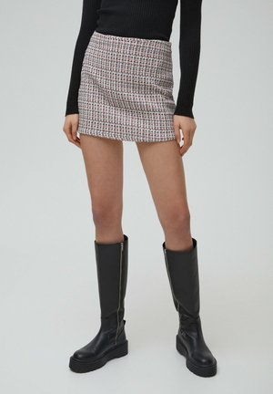 Spódnica trapezowa - red