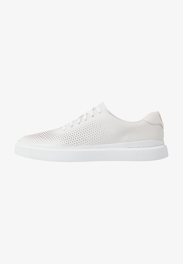 GRANDPRO RALLY LASER CUT  - Trainers - white