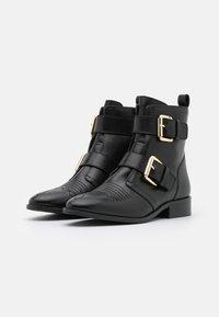 Copenhagen Shoes - MELODI  - Cowboy/biker ankle boot - black - 2
