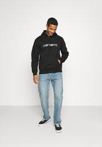 Carhartt WIP - HOODED - Sweatshirt - black/white - 1