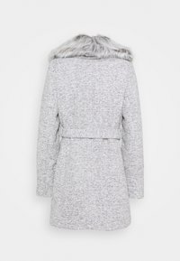 New Look - ALICIA BELTED FUR COLLAR COAT - Classic coat - light grey - 2