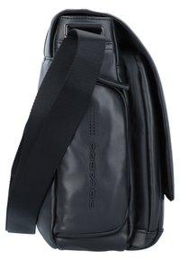 Piquadro - Across body bag - black - 3