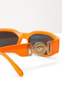 Versace - UNISEX - Sunglasses - orange - 5